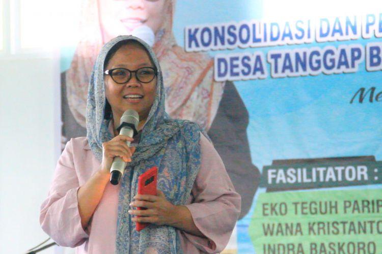 Mataram, Kompas.Com Alissa Wahid saat menjadi pembicara di  Kegiatan Konsolidasi dan Pelatihan Fasilitator Desa Tanggap Bencaba (Destana) , Jumat (28/9) di Taman Budaya Mataram