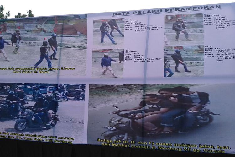 Foto-foto saat empat perampok dua toko emas berangkat dan kabur ditampilkan di Mapolda Sumut saat konferensi pers pada Rabu (15/9/2021) sore. Aksi perampokan terekam CCTV yang ada di sepanjang jalan.