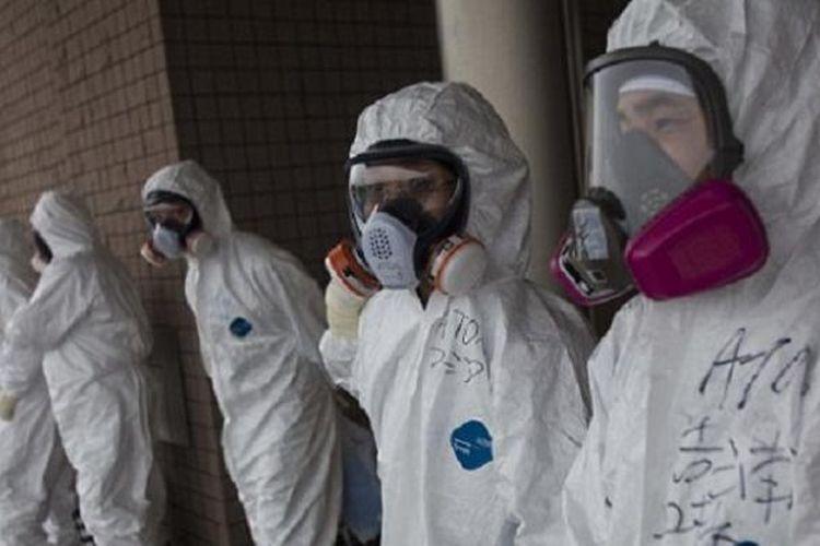 Kelompok geng Jepang, Yakuza, dilaporkan telah memaksa para tunawisma bergabung dalam upaya membersihkan PLTN Fukushima yang rusak akibat gempa yang disusul tsunami tahun 2011.