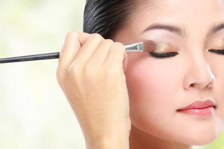 /Ilustrasi makeup
