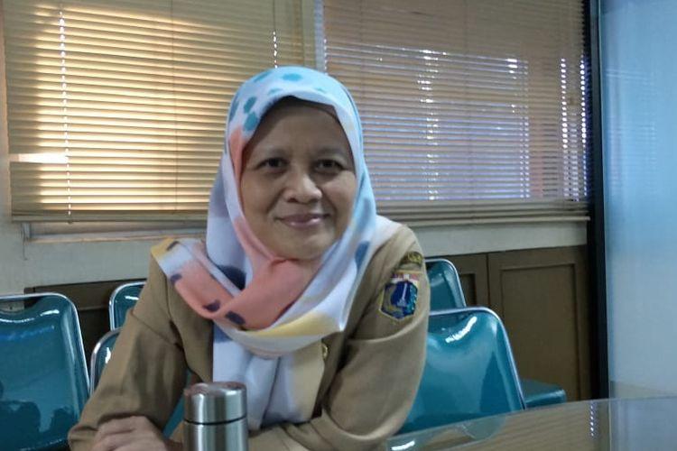 Kepala Seksi Pengelolaan Sampah Dinas Lingkungan Hidup DKI Jakarta Rahmawati di kantor Dinas Lingkungan Hidup DKI, Cililitan, Jakarta Timur, Selasa (23/7/2019).
