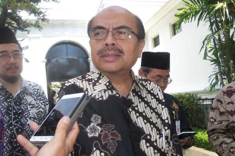 Ketua Baznas Bambang Soedibyo usai menerima zakat Presieden Joko Widodo di Istana, Selasa (28/6/2016).