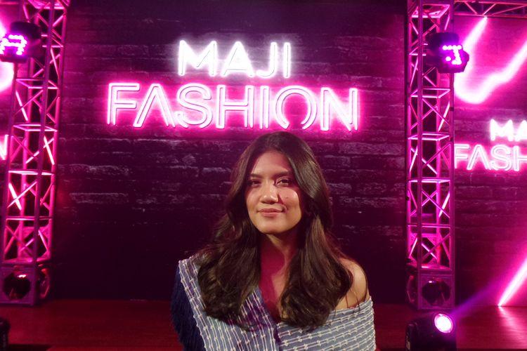 Penyanyi Monita Tahalea pada konferensi pers MAJI Fashion oleh LOreal Professionel di kawasan SCBD, Jakarta Selatan, Selasa (30/7/2019).