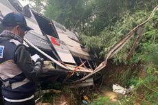 Kesaksian Ase, Anaknya Terjepit Saat Kecelakaan Bus di Sumedang: Dia Merintih 'Ayah, Ayah'