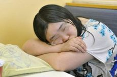 Galau Ditinggal Pacar, Seorang Perempuan Tinggal Sepekan di Gerai KFC