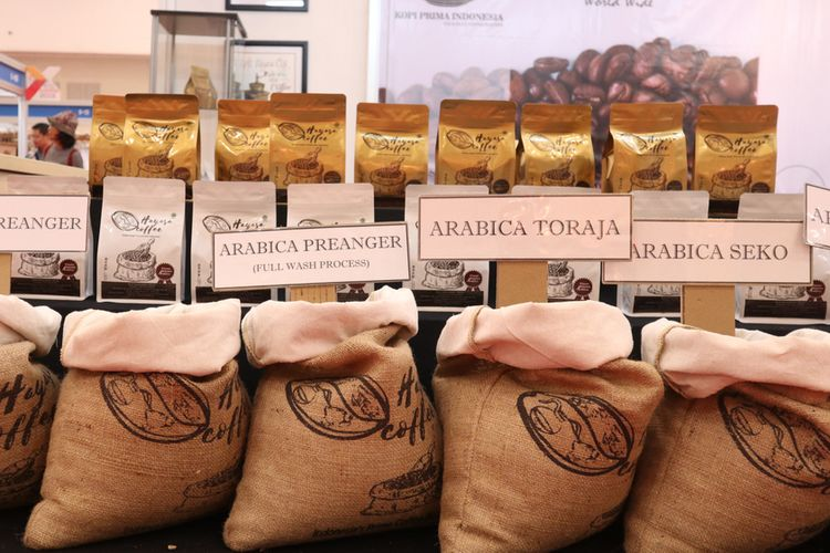 Illustration of coffee beans from various regions in Indonesia.