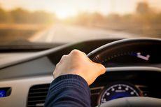 Ngebut 140 Km/Jam Sambil Tidur di Mobil, Sopir Ditilang Polisi