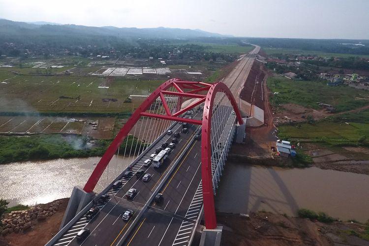 Jembatan Kalikuto Jalan Tol Batang-Semarang.