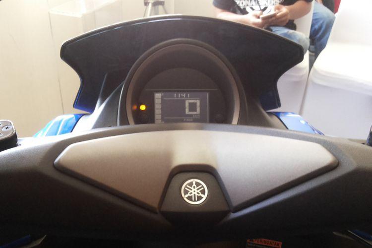 Speedometer model terbaru pada New NMAX yang diperkenalkan di Sirkuti Karting Sentul, Bogor, Sabtu (9/12/2017).