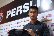 Galang Dana Perangi Corona, Kiper Persija Lelang Jersey Juara 2018