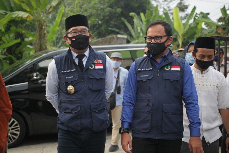 Ketua Gugus Tugas Percepatan Penanggulangan COVID-19 Jabar Ridwan Kamil meninjau kesiapan AKB Pondok Pesantren Hamalatul Quran Al Falakiyah di Kecamatan Bogor Barat, Kota Bogor, Jumat (26/6/2020).