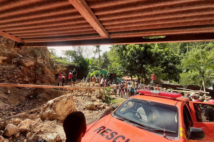 Suasana Evakuasi Penambang Batu di Kapanewon Ponjong, Gunungkidul Kamis ,(8/4/2021)