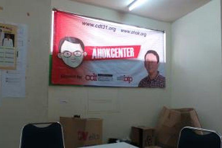 Salah satu sisi kantor Ahok Center yang berlokasi di Apartemen Juanda, Jakarta Pusat.