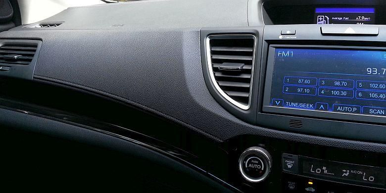 Dashboard Honda New-CR-V