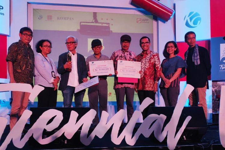 Para pemenang Kompetisi Internasional Triennial Seni Grafis Indonesia VI.