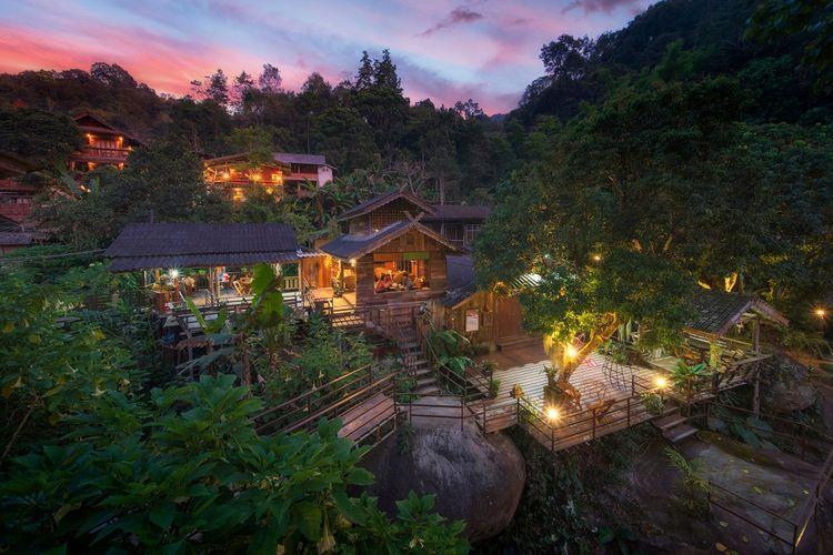 Mae Kampong, Chiang Mai, Thailand DOK, Shutterstock