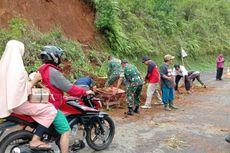 Longsor Tutup Sebagian Jalan Provinsi di Banjarnegara