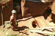 Cerita Kakek Cireng Bangun Rumah Bawah Tanah Seorang Diri