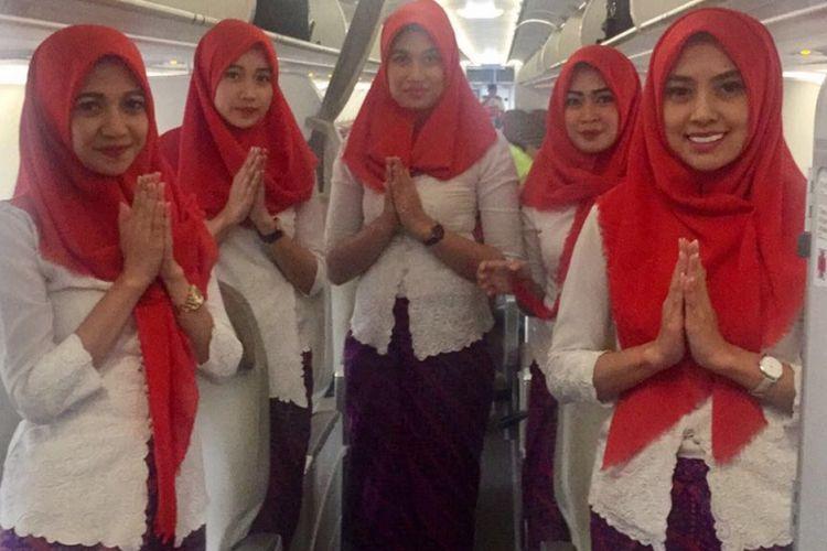 Busana hijab pramugari Lion Air Group