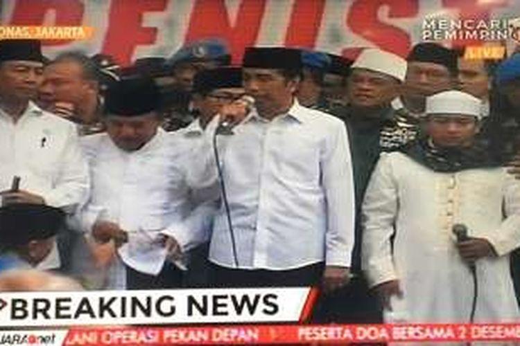 Presiden Jokowi mengucapkan terima kasih kepada massa doa bersama di Monas.