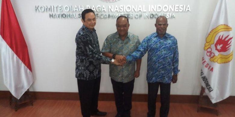 Kesepakatan itu dituangkan dalam Perjanjian Kerjasama yang ditandatangani Ketua Umum KONI Pusat Letjen TNI (Purn) Marciano Norman, Ketua Harian PB PON 2020 Yunus Wonda dan Direktur LPDUK Agus Hardja Santana di Kantor KONI Pusat Jakarta, Jumat (2/8) siang.