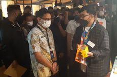Saat Sandiaga Uno Beli Baju Batik Seharga Rp 725.000 di Acara Apresiasi Kreasi Indonesia 2021