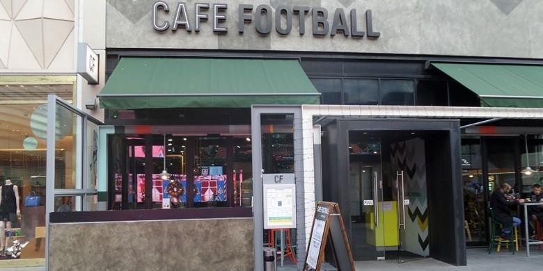 Cafe Football menjadi usaha kuliner pertama Gary Neville dan Ryan Giggs, dibuka di Stratford pada akhir 2013.