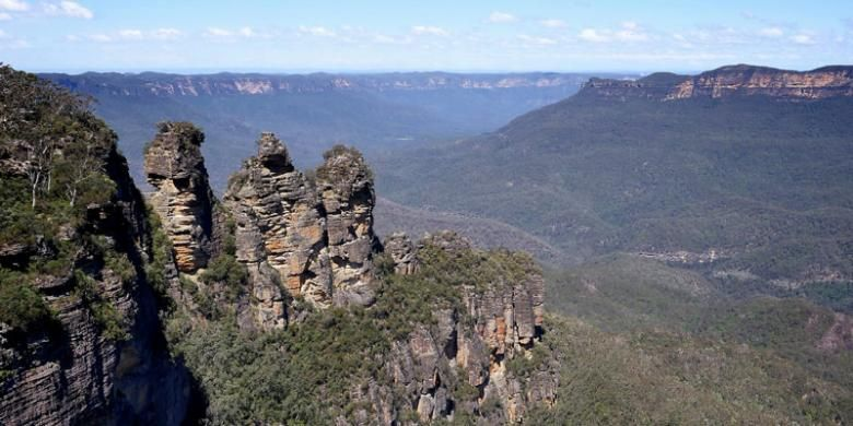 Blue Mountains di Sydney, Australia, merupakan tujuan wisata berlibur yang sempurna bagi keluarga. maupun pecinta alam.