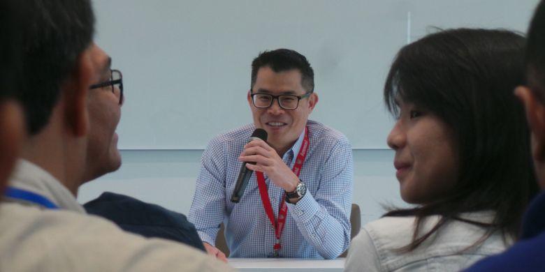 Jaime Ho, Chief Editor Digital News Mediacorp, menjawab pertanyaan-pertanyaan pewarta dari Indonesia, Kamis (7/12/2017).