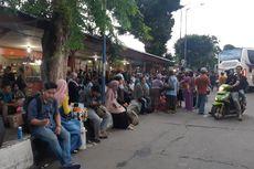 Penumpang Banjiri Terminal Bus Kalideres Sehari Jelang Cuti Bersama
