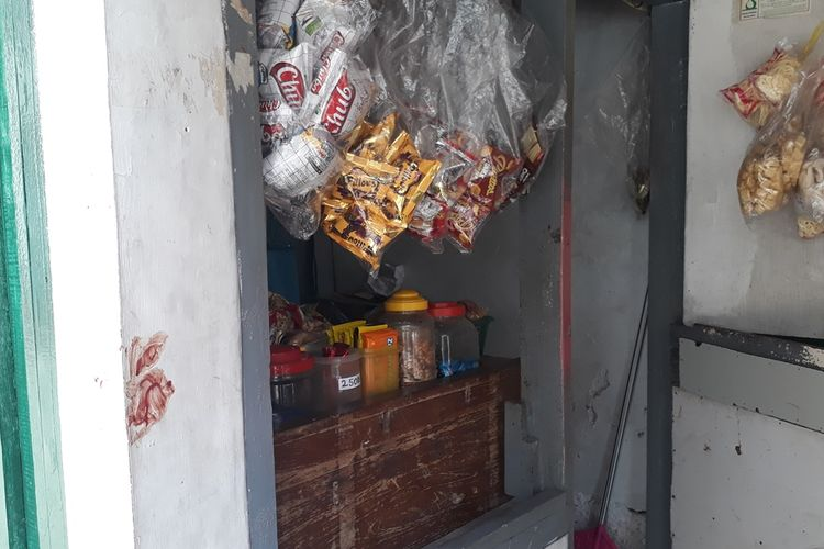 Warung kelontong di Jalan Usaha, Kelurahan Cawang, Kecamatan Kramat Jati, Jakarta Timur yang dirusak putra Elvy Sukaesih, Kamis (12/9/2019).