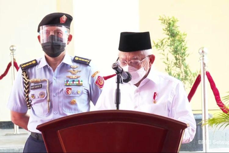 Wapres Ma'ruf Amin resmikan Pasar Pariaman, di Kota Pariaman, Sumatera Barat, Selasa (6/4/2021)