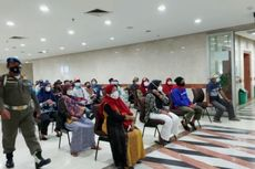 886 PMKS Ikut Vaksinasi Covid-19 di Jakarta Barat