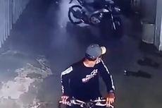 Pencurian Motor di Jembatan Lima, Aksi Dua Pelaku Tertangkap CCTV