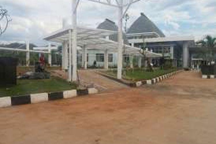 Gedung utama Pos Lintas Batas Negara (PLBN) Motaain, di Desa Silawan, Kecamatan Tasifeto Timur, Kabupaten Belu, Nusa Tenggara Timur (NTT).