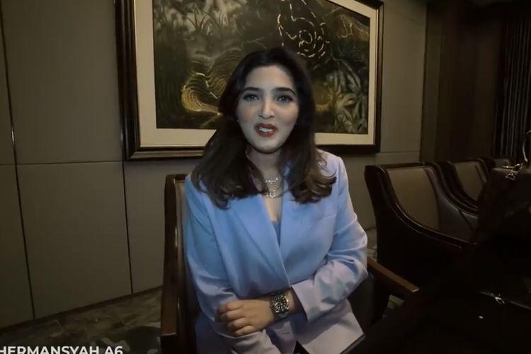 Ashanty yang menceritakan persiapaan acara ultah Aurel.