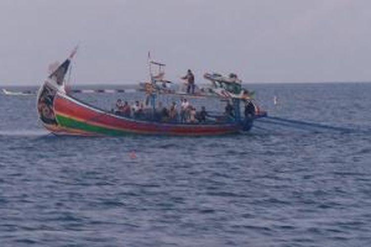 Kapal ijo-ijo adalah kapal kayu khas nelayan Grajagan, Banyuwangi, jawa Timur. Mereka melaut hingga Selat Bali.