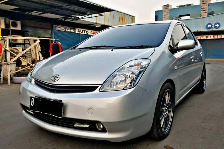 Toyota Prius di pasar mobil bekas dibanderol sekitar Rp 190 jutaan sampai Rp 300 jutaan