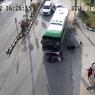 Detik-detik Bus Perusahaan Tabrak 7 Kendaraan, 2 Tewas, 7 Luka