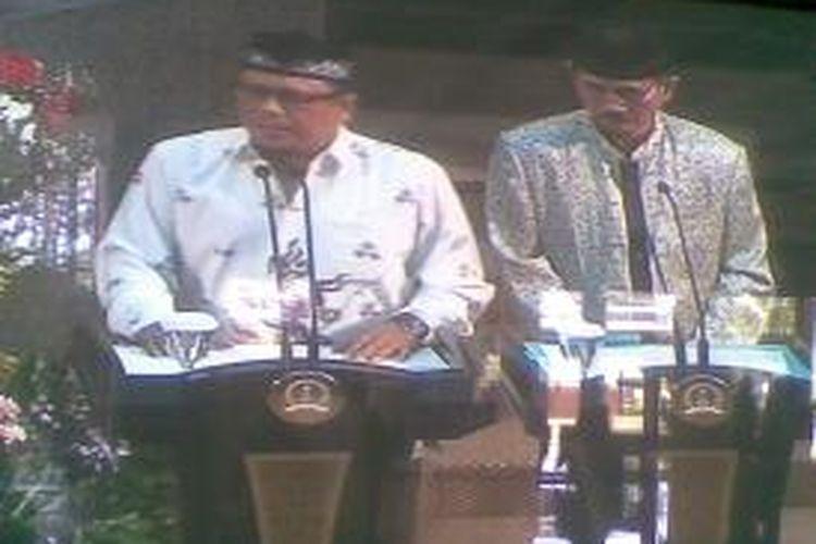Pasangan cagub-cawagub Jatim independen menyampaikan visi misi di hadapan anggota DPRD Jatim.