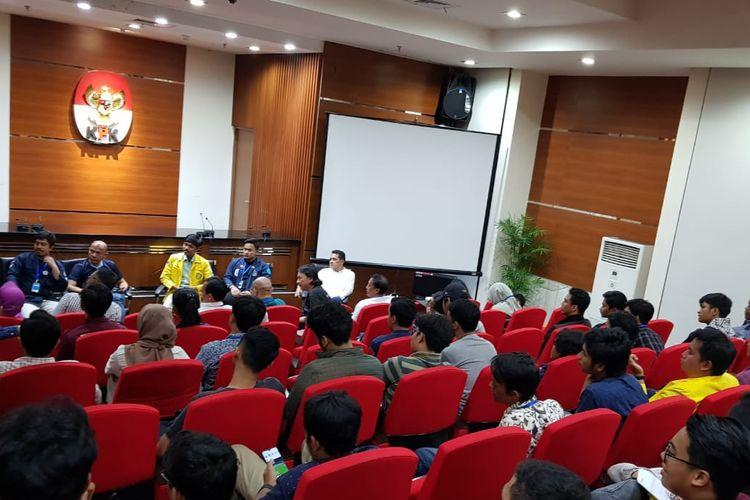 Suasana pertemuan mahasiswa dengan aktivis antikorupsi di Gedung Merah Putih KPK pada 11-12 September lalu yang dinarasikan sebagai rapat bersama mahasiswa dan KPK sebelum aksi demonstrasi pada Selasa (24/9/2019).