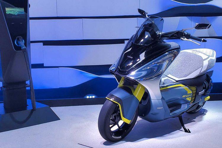 Motor listrik konsep Yamaha E01 di Tokyo Motor Show 2019
