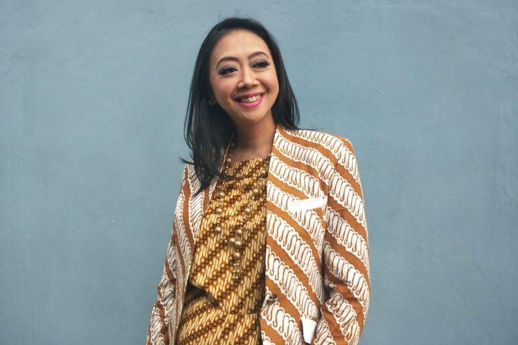 Asri Welas ditemui di sebuah stasiun televisi swasta di kawasan Tendean, Jakarta Selatan, Senin (25/2/2019).
