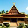 Rumah Salaso Jatuh Kembar, Rumah Adat Khas Provinsi Riau