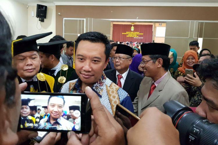 Menpora Imam Nahrowi seusai memberikan orasi ilmiah di UIN Semarang, Jumat (6/4/2018).