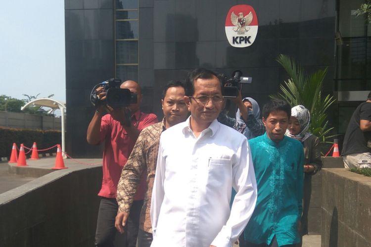Mantan Wamenag RI periode 2011-2014, Nasaruddin Umar, usai diperiksa KPK sebagai saksi. Senin (15/5/2017)