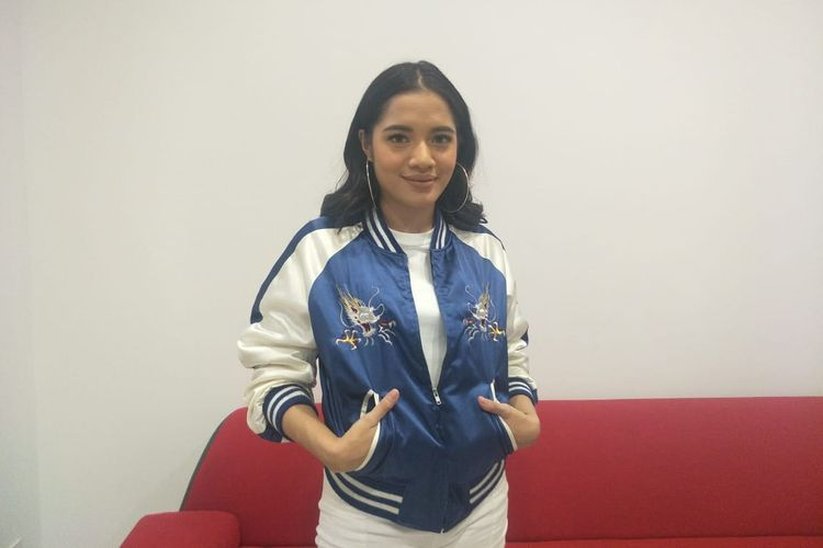 Cantika Abigail saat berkunjung ke redaksi Kompas.com di Menara Kompas, Palmerah Selatan, Jakarta Pusat, Selasa (7/5/2018).