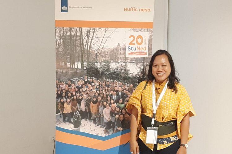 Maria Goreti Ika Riana, peraih beasiswa StuNed di Groningen, Belanda, pada tahun 2009.