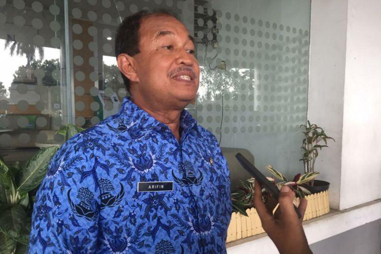 Kepala Dinas Perindustrian dan Perdagangan Provinsi Jawa Barat M Arifin Soedjayana saat diwawancarai usai peresmian Zona Integritas di Kantor Disperindag Jabar, Jalan Asia Afrika, Kota Bandung, Senin (16/3/2020).