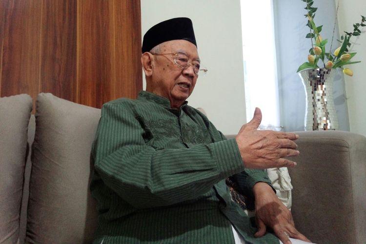 Pengasuh Pesantren Tebuireng Jombang Jawa Timur, KH. Salahuddin Wahid, saat dimintai tanggapan terkait susunan kabinet Indonesia Kerja, Kamis (24/10/2019).